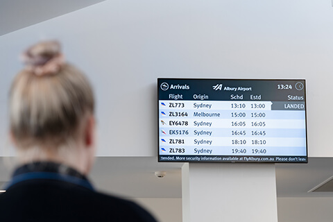 Arrivals & Departures | FlyAlbury